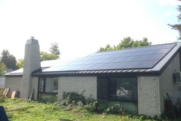 58 zonnepanelen – Zuidlaren